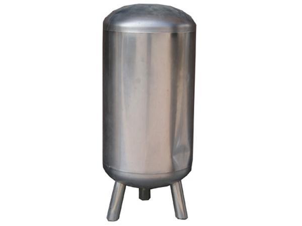 产品区域:山东 发布时间:2015-06-07 有效期限:长期有效 烟台市压力容器厂是集科工贸服务于一体,主要从事热力能源设备的开发研究,生产制造和销售以及设备安装、修理、国内商贸服务等。本厂主要生产产品有全自动燃气(燃油)热水锅炉,环保节能型燃煤热水锅炉,防锈蚀海水加热锅炉等。其锅炉产品可广泛应用于机关、学校、企事业单位、宾馆。自建立以来始终坚持以科技为先导,以质量拼市场的经营理念,吸纳聚集多名高级技术及管理人才,积极引进国际最先进的热力产品。本厂还与西安交通大学、青岛海洋学院,