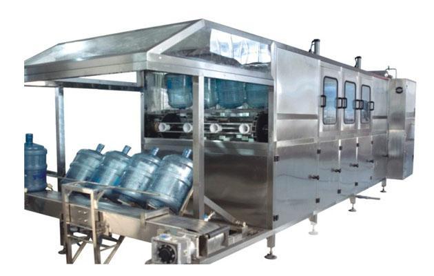 """深圳市安吉尔饮水科技有限公司是专业负责生产""""安吉尔""""净水 屋成套设备、家用净水器、饮水机、纯水机的销售与售后服务工作。 深圳安吉尔饮水科技有限公司是中国创建最早、规模最大的饮水设备的研究与开发、 制造及销售公司,主导产品为安吉尔牌饮水机与净水器。公司的使命和愿景是:推 进水技术的应用,为人类提供安全、健康、方便和时尚的饮用水方式,成为行业领先者。 深圳安吉尔饮水科技有限公司在同行业率先使用了全密封快卸式聪明座、全过程空 气杀菌过滤、抗菌硅胶管、RO逆渗透等先进技术,至今已有98项专利"""