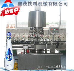 中小型饮用水灌装机