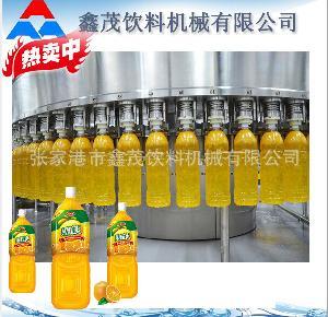 瓶装果汁生产灌装封口机