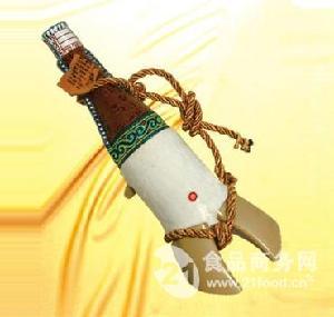 皮壶奶酒D-25 牛蹄奶酒62%vol 500ml 10个装