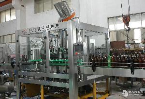 玻璃瓶啤酒等压灌装机