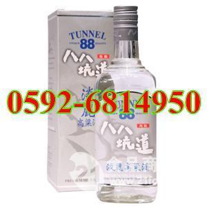 银色方盒42度0.7公升八八坑道淡丽高粱酒