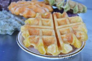 大量供应台湾格子Q粉/台湾麻薯松饼粉/外酥里Q/厦门珍珠奶茶原料/厦门蒸烩煮简餐冷冻包